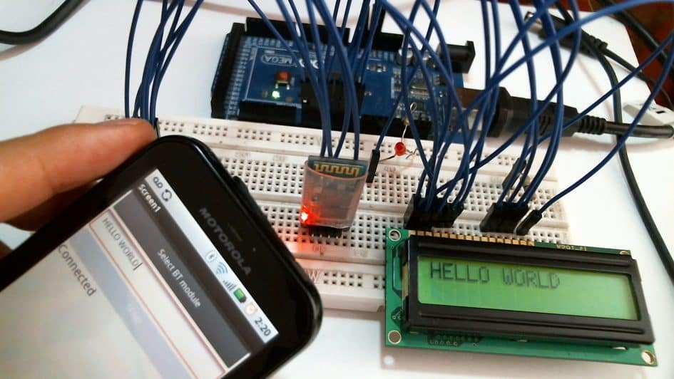 Text from Mobile Phone via Bluetooth to LCD